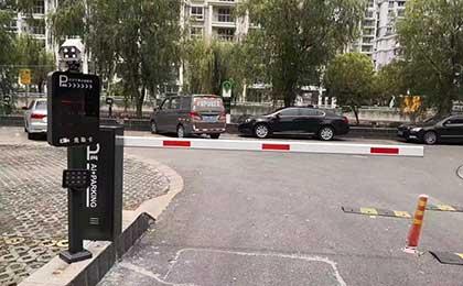 温州直杆道闸停车场管理系统设备安装案例
